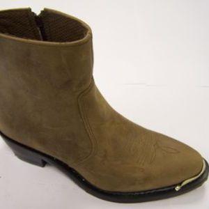 Western Style Leather Boot side zipper width is M